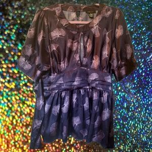 BCBGMAXAZRIA Purple Flowy Waist Tie Floral Top